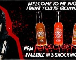 ALICE COOPER Teams Up With HOT SHOTS For His Own Line Of Hot Sauce